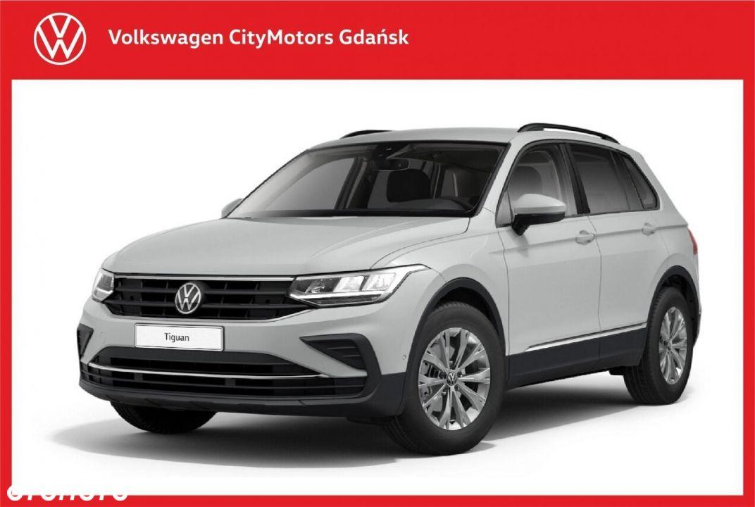 Volkswagen Tiguan Life 1.5 TSI DSG Elektryczna klapa Kamera cofania Podgrzewane Fotele